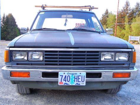 bagged nissan 720 1984 nissan 720 bagged minitruck minitruckin 84