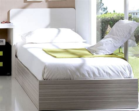 Daybed With Mattress Included Futon With Bed With Mattress Included Bed With Mattress Included A Daybed