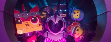 lego batman est toujours de la partie dans le premier trailer de la grande aventure lego 2