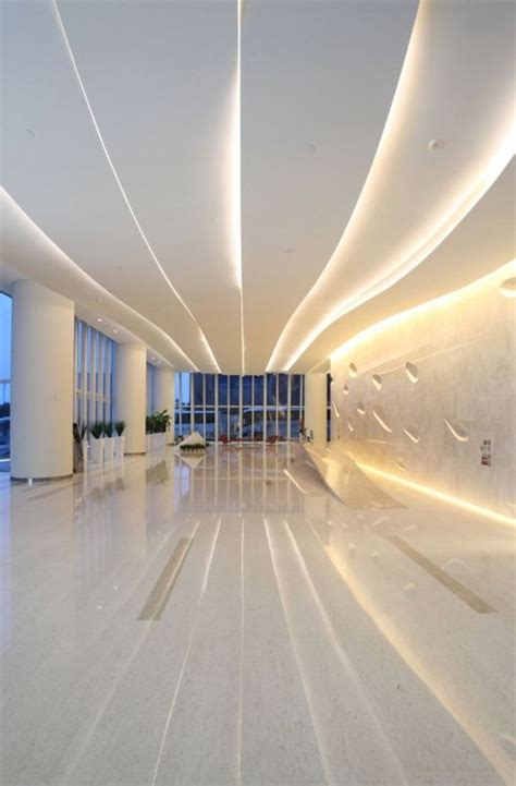 Formidable Lino Sol Salle De Bain #6: faux-plafond-design-original-plafond-blanc-lumière-vaste-salon-salle-de-séjour-sol-en-lino.jpg