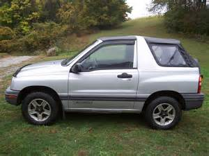2002 chevrolet tracker pictures cargurus