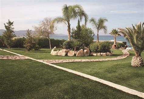 erba finta per giardini erba finta da giardino per la tua casa in vacanza