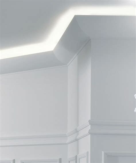 Crown Molding Lighting Www Invitinghome Crown Molding Lighting Santa