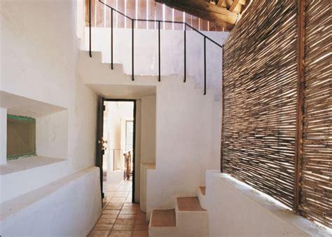 decorar pasillos y escaleras el pasillo y las escaleras casa y co