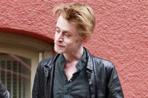 macaulay culkin is af now everyone is obsessed with