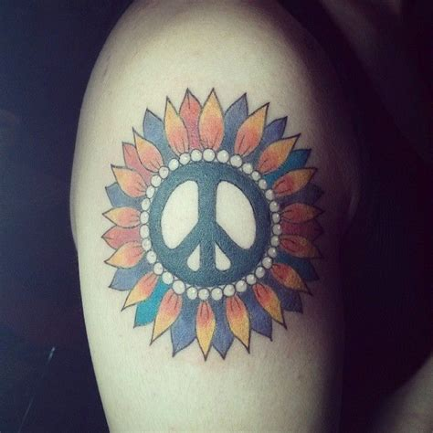 25 B 228 Sta Peace Sign Tattoos Id 233 Erna P 229 Pinterest Cool Peace Sign Meaning And Ideas Anti War Movement Symbol