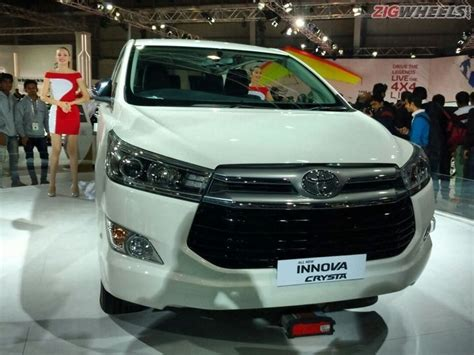 Toyota High End Models Toyota Innova Crysta Bookings Start Unofficially