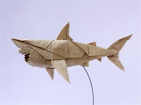 Origami Great White Shark - impressive paper origami fubiz media