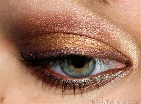 eyeshadow tutorial lorac tutorial lorac multiplex 3d eyeshadow palette eye look
