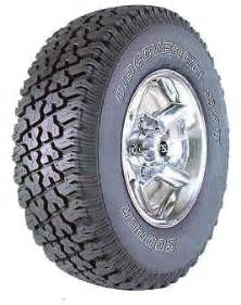 Cooper Truck All Terrain Tires Cooper Discoverer S T Tires All Terrain Tire Reviews