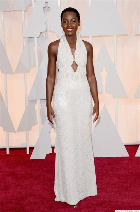 Oscars More Dress News by Lupita Nyong O S Oscars 2015 Dress Has More Than 6 000