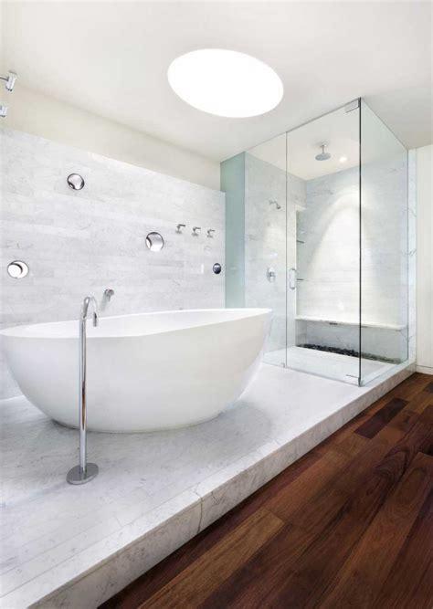white modern bathroom design