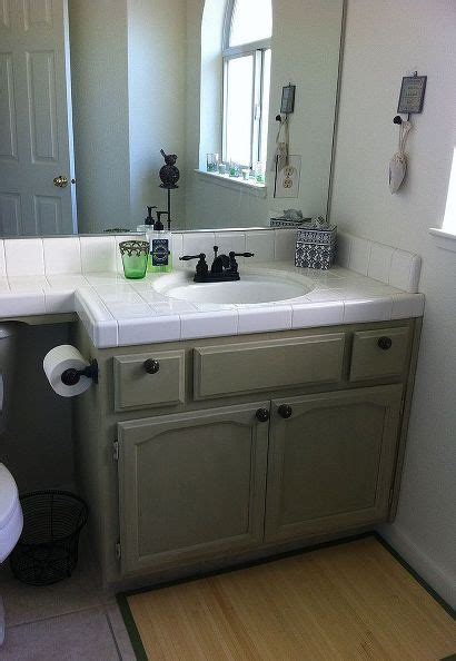 annie sloan bathroom cabinets bathroom makeover with chalk paint 174 decorative paint by