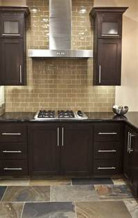 Kitchen Backsplash Glass Subway Tile by Benefits Of Using Subway Tile Backsplash Decozilla