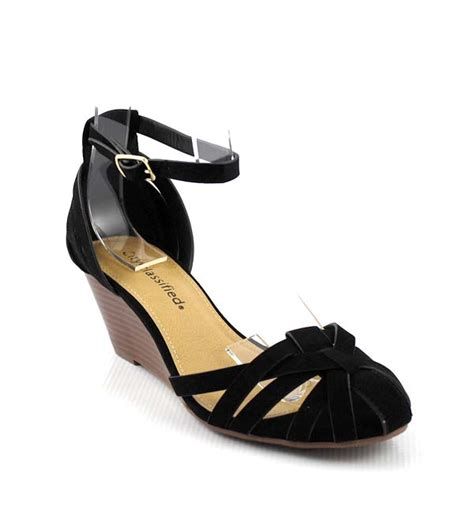 black soo caged closed toe low mid wedge sandals