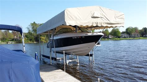 boat lift manufacturers in michigan hydraulic boat lift pontoon lift tritoon lift