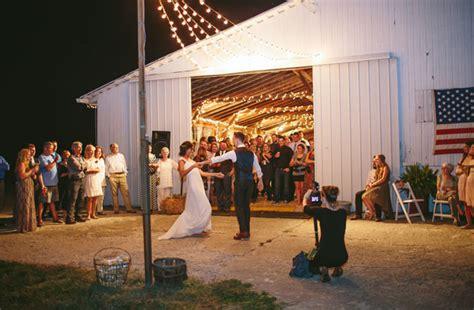 ohio wedding venues barn handmade ohio barn wedding nick green wedding