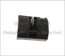2005 Ford Focus Battery New Oem Battery Hold Mounting Bracket 2004 2005 Ford
