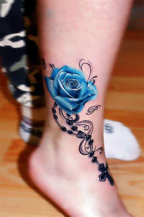Moderne Tattoos Vorlagen Blaue Mit Kette Und Kreuz Tattoos Blaue Kreuze Und Kette