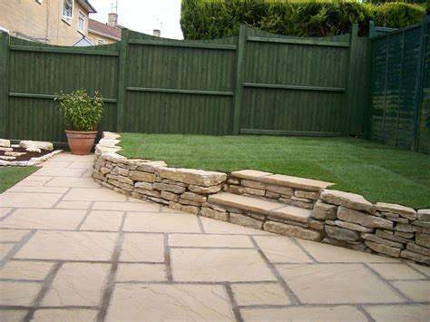 Stairs In Lawn Bath Stone Steps Natural Stone Wall Garden Rock Walls
