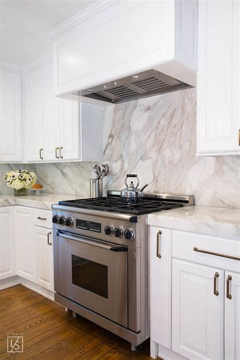 white cabinets with crown molding kitchen cabinet crown molding design ideas