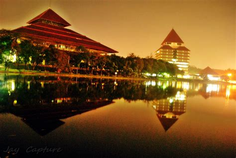 wallpaper universitas indonesia ui night mode
