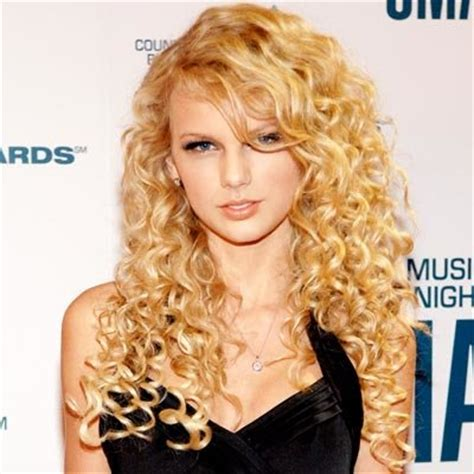 taylor swift age in 2006 taylor swift s changing looks instyle