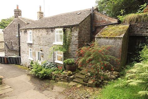 Cottages For Sale In Derbyshire by 2 Bedroom Cottage For Sale In 3 Cavedale Cottages Pindale Road Castleton Valley