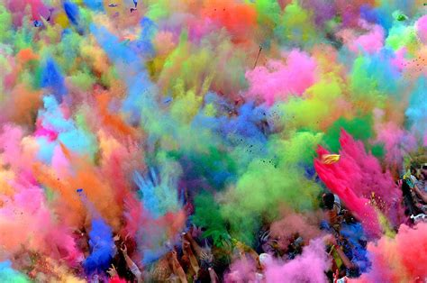 colors by india huge lovers quotes holi festival 2013