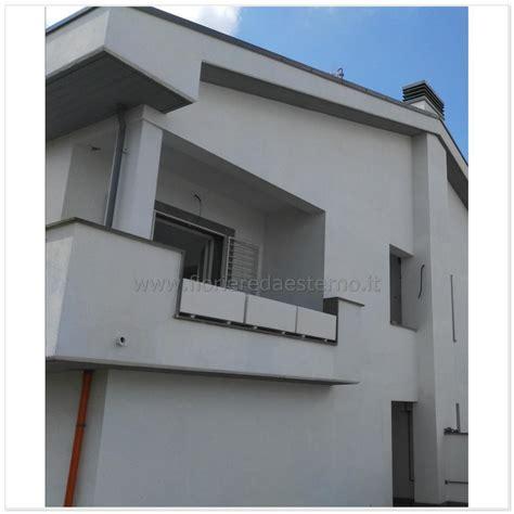 vasi per balconi vasi per balconi in muratura con fioriera per terrazzi
