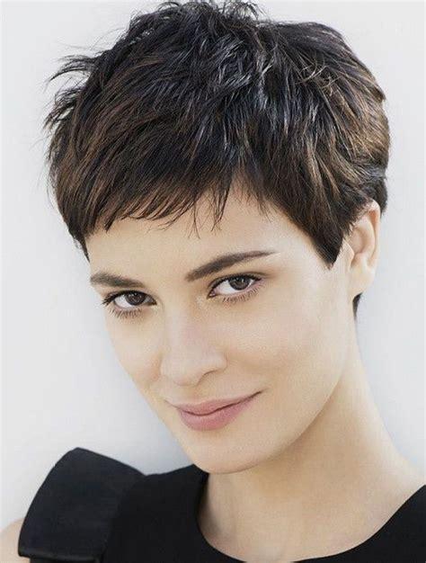 92 besten frisuren bilder auf kurzhaarschnitte 83 besten coupes cheveux bilder auf