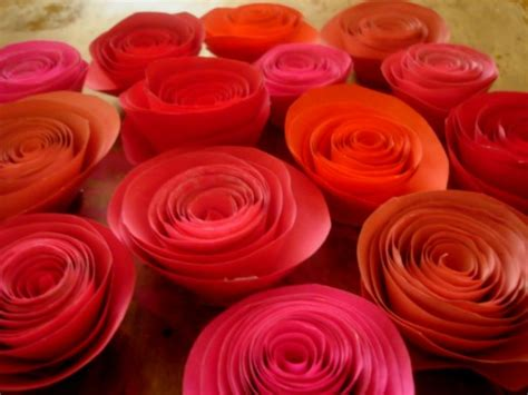 How To Make Handmade Paper Roses - how to make paper roses by brock