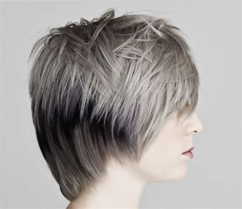 cut  short uniform layer hairstyle video