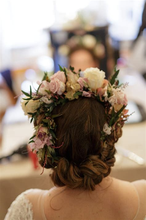 naturally curly hair wedding hair styles wedding