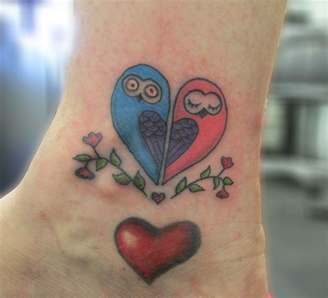 tattoo owl heart two little owls tattoo tattoo owl heart tatooooos