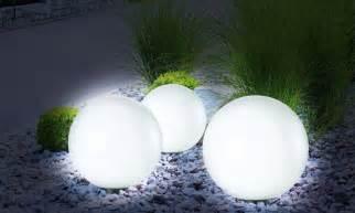 le boule solaire 30 cm pratik light le de jardin
