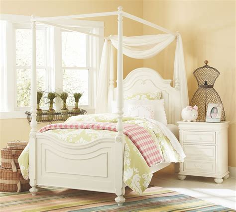 poster canopy bedroom sets charlotte youth low poster canopy kit bedroom set from
