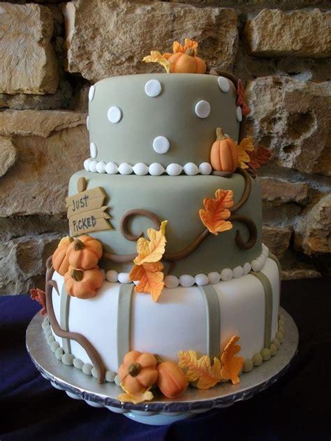 ideas  halloween fondant cake  pinterest halloween cakes fondant cakes  fondant