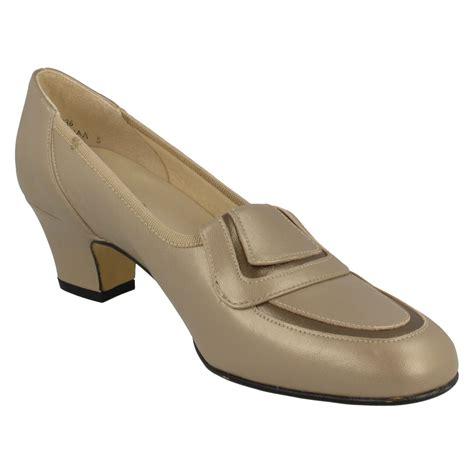nil simile narrow fitting court shoe buoyant ebay