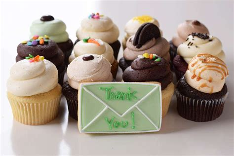 Cupcake Delivery by Say Quot Thanks Quot With Gourmet Cupcakes Cupcake Delivery Ca