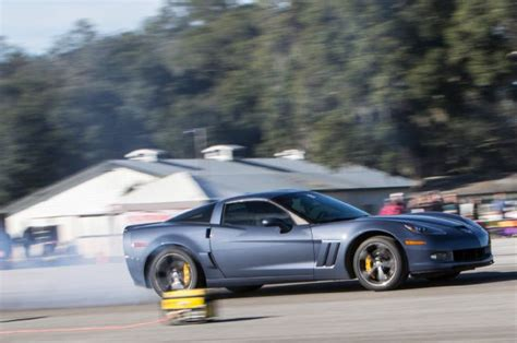 corvette burnout bad burnout half mile corvette corvetteforum