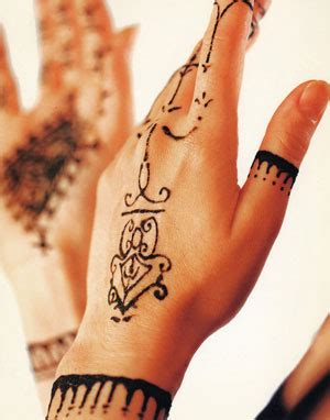 history of henna tattoos the history of henna tattoos