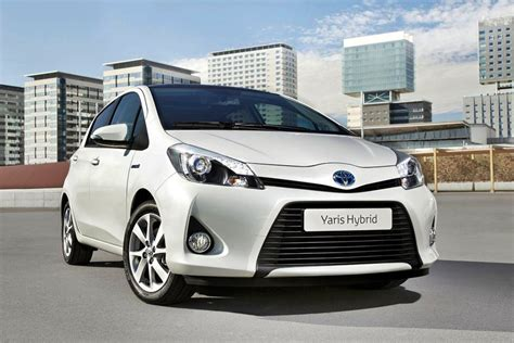 Toyota Hybrids 2013 Toyota Yaris Hybrid Review Specs Pictures Price