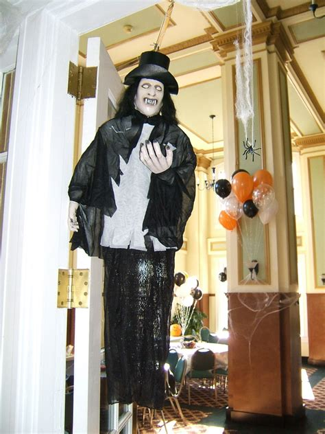 halloween decorations for the home spooky front porch decorating ideas for halloween party