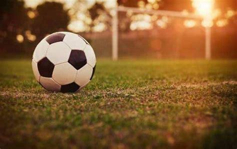 soccer in sun and خاص كم تبلغ تكلفة تجهيزات ملعب كرة القدم واللاعبين في لبنان