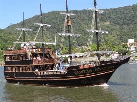 barco pirata a laranjeiras navio pirata foto de barco pirata balne 225 rio cambori 250