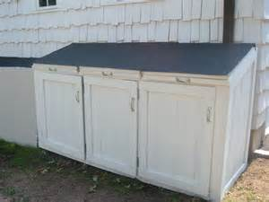 how to build a wooden trash shed plans free