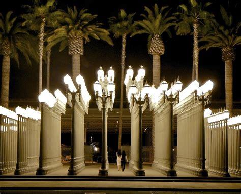 La Lighting by Travel Photo Thursday Light