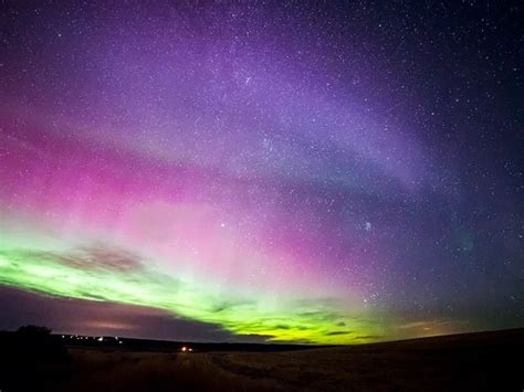 viewers capture northern lights washington gorgeous