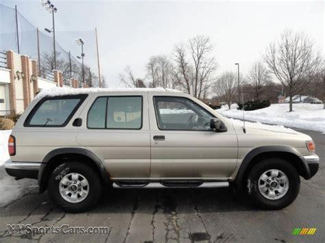 beige metallic 1998 nissan pathfinder 1998 nissan pathfinder xe 4x4 in beige metallic photo 6